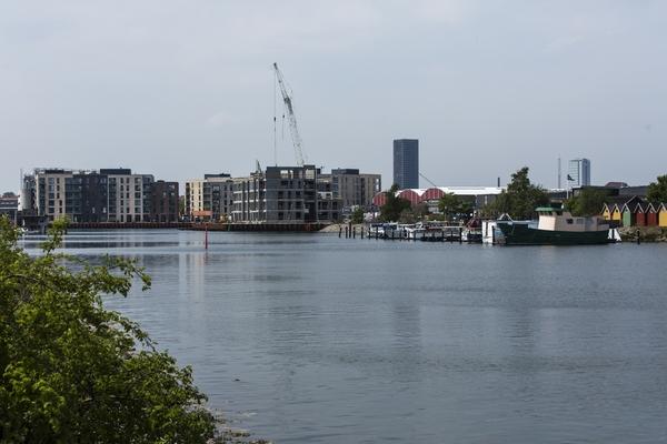 Frederiks Brygge i Sydhavnen udvikles af Nordea Ejendomme og bygges i disse år på blandt andet Lemvigh Müllers gamel industri areal. Der er primært tale om leje boliger.