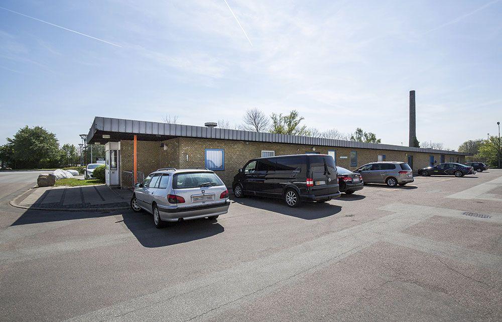 park alle 352 brøndby parkering facade