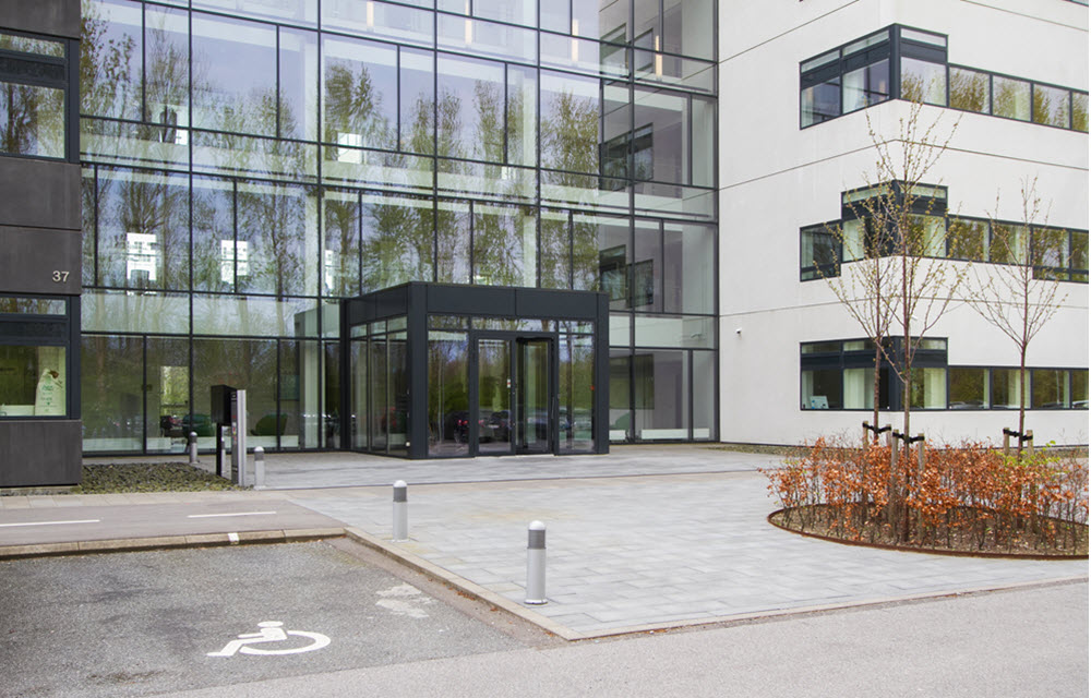 delta park 37 vallensbæk facade indgang